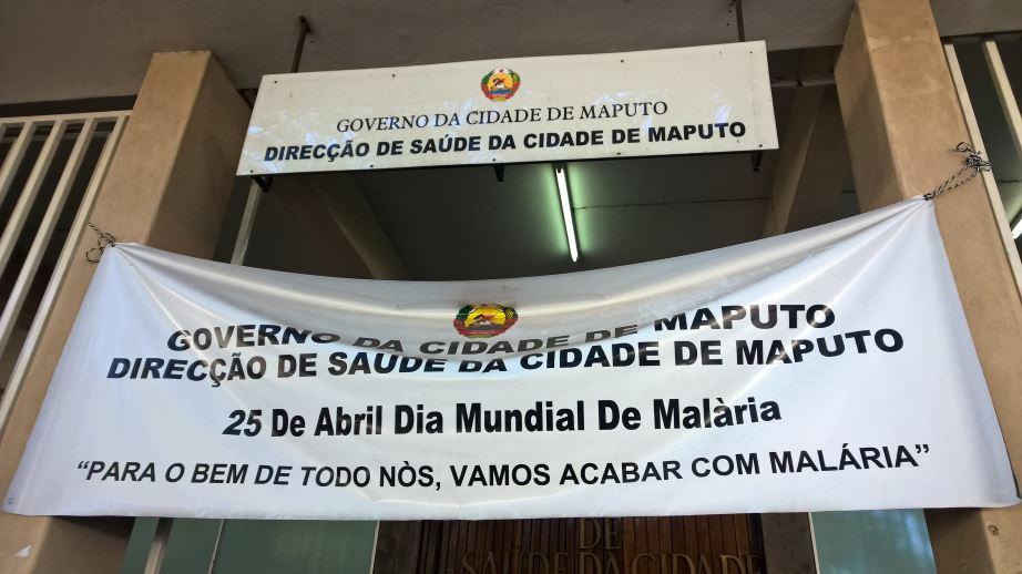 In front of Direcção de Saúde da Cidade de Maputo